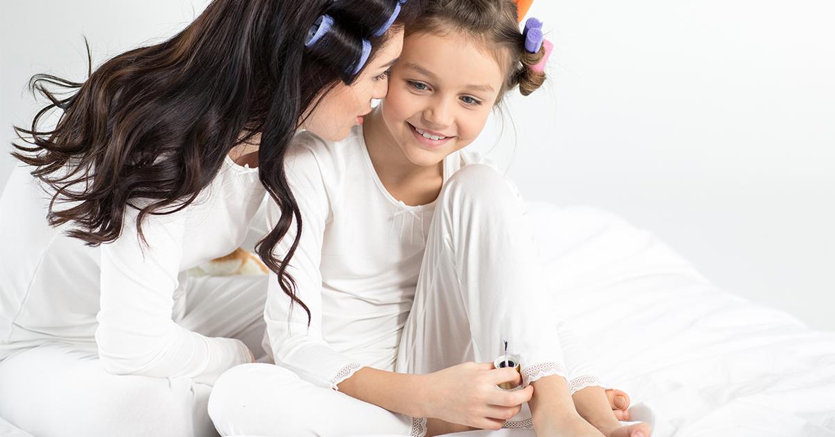 Өсвөр насны охинтой ээжүүдийн охидтойгоо ярилцах сэдвүүд