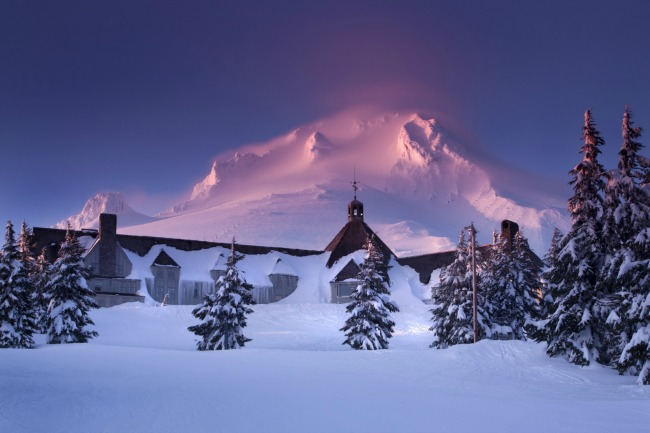 An Uncommon Love - Dinner at Timberline Lodge