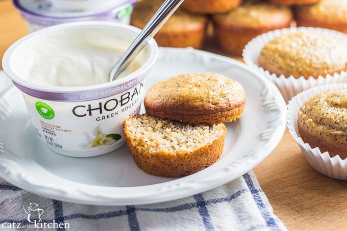 Healthy-Greek-Yogurt-Poppyseed-Muffins-5