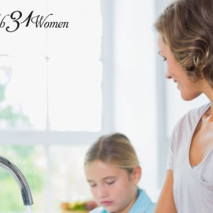 The Inside Scoop - How a Mother of 8 Keeps Her House Clean