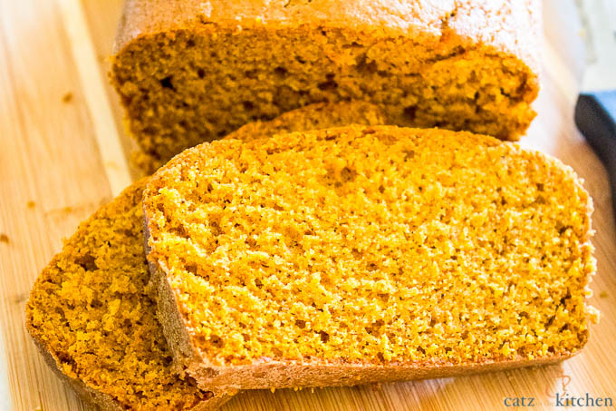 Pumpkin Bread | Club 31 Women | club31women.com | #bread #fall #pumpkin
