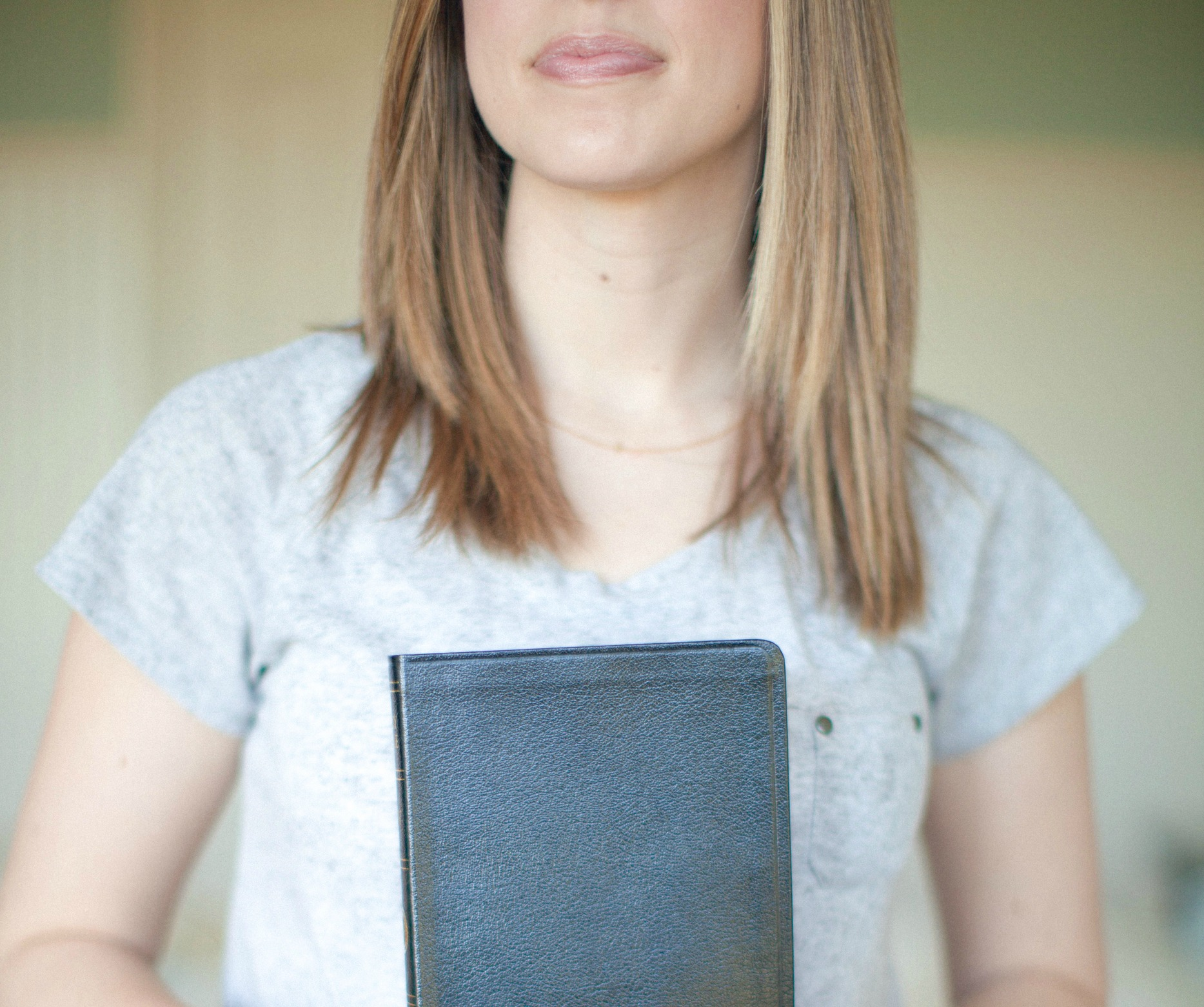 5 Verses Every Mom Can Turn to for Help and Hope