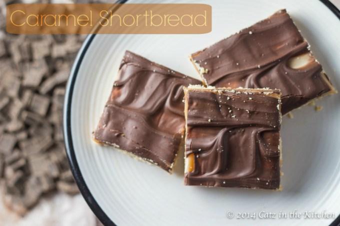 Caramel Shortbread | Club 31 Women | club31women.com | #Christmas #Caramel #Shortbread