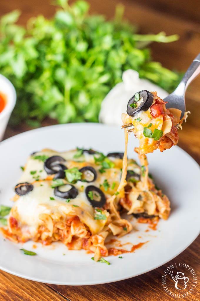 Easy Lasagna Casserole | Club 31 Women | club31women.com | #lasagna #casserole #easy #recipe
