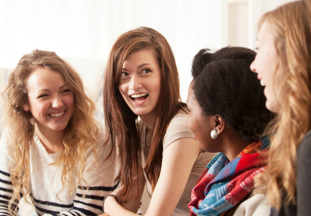 club31women_3-reasons-women-need-to-embrace-community