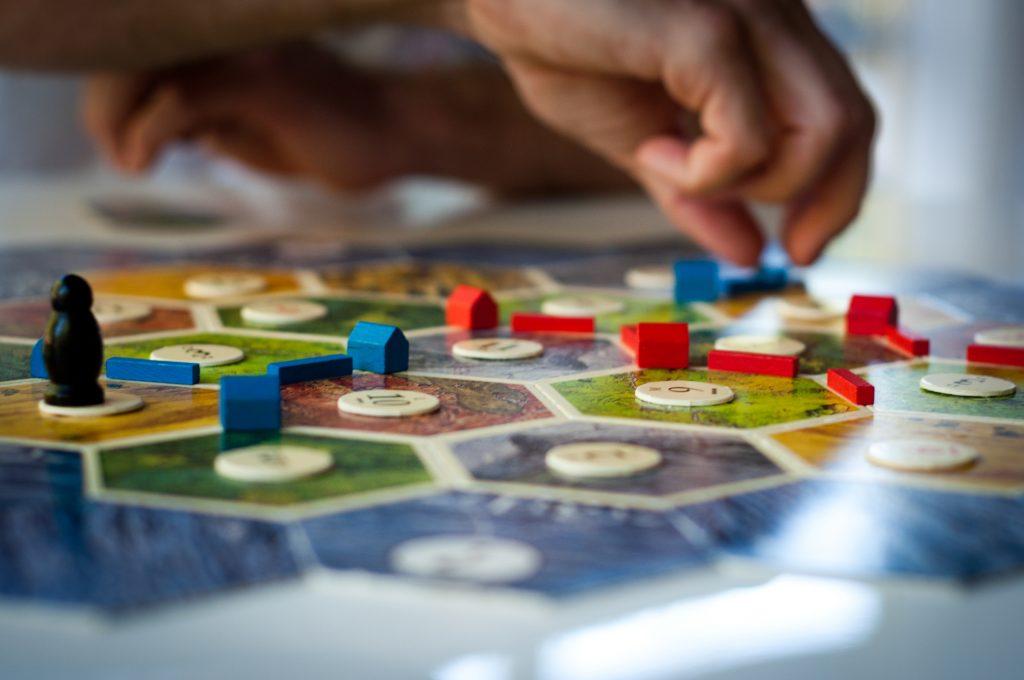 club31women_4-hidden-benefits-of-playing-board-games