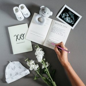 val-marie-paper-pregnancy-journal