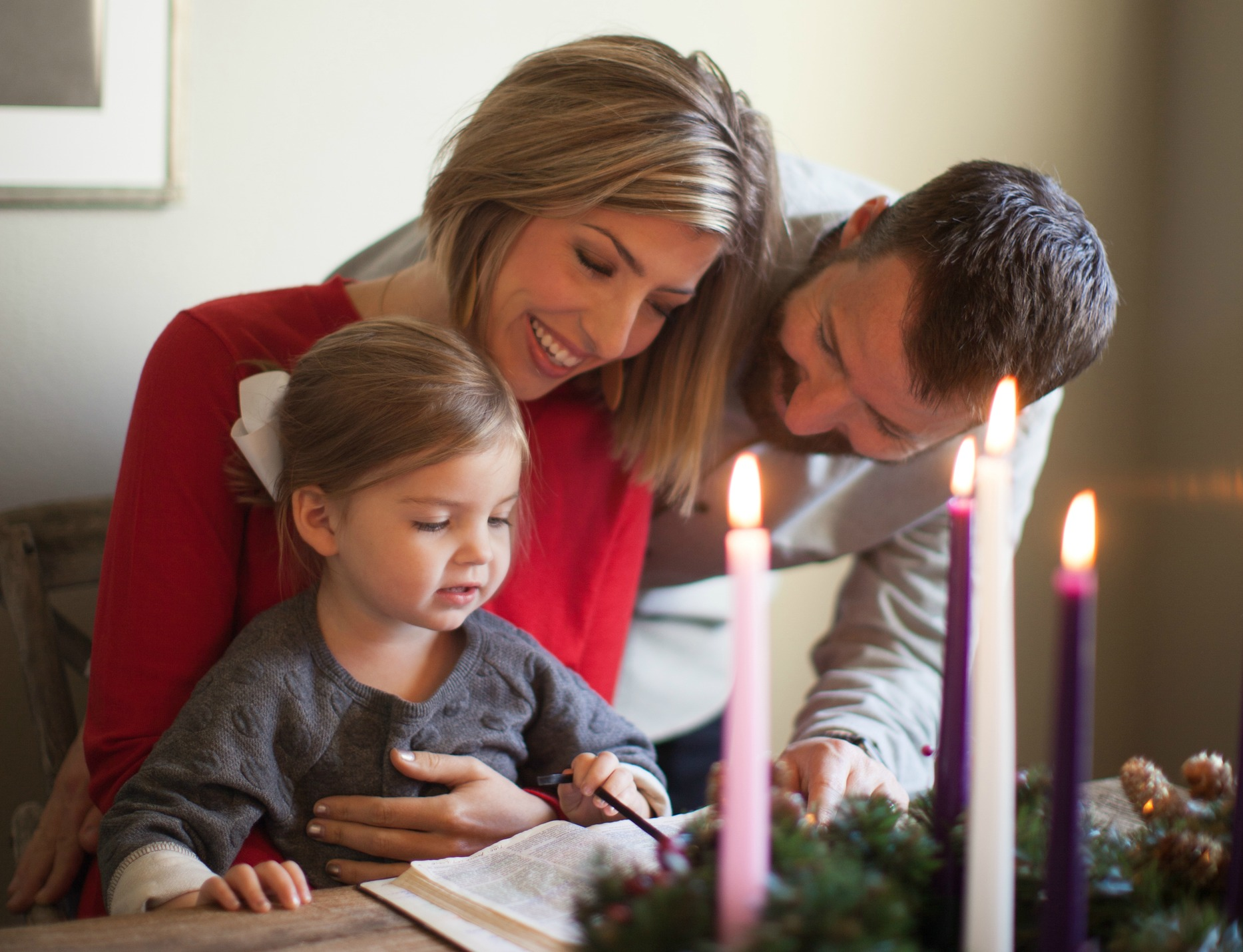 How to Enjoy A Stress-Free, Debt-Free Holiday with Your Family This Year {Real Life with Lisa}