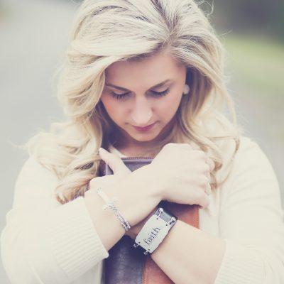 How A Woman Can Have a Strong Faith