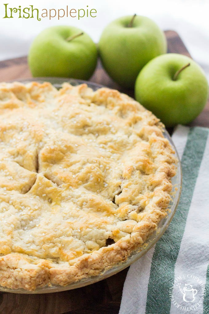 A delicious Irish Apple Pie for St. Patricks Day or any day! You'll love this delightfully sweet and savory pie to bring to a party or share at home! via @Club31Women
