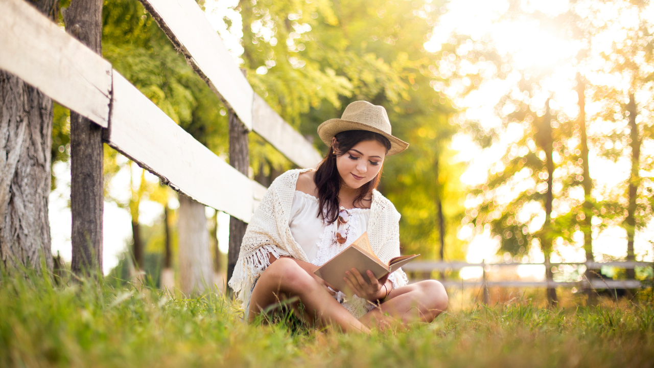 9 Clean Fiction Reads for Teen Girls