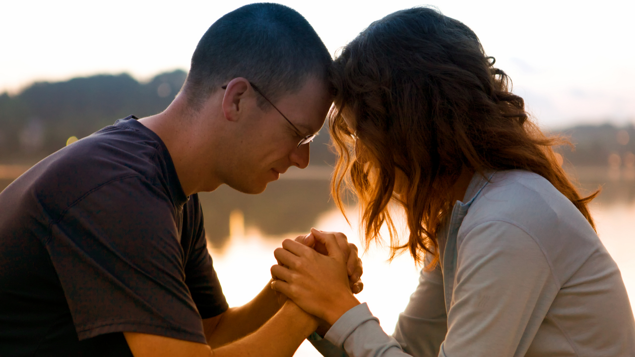 A Prayer for Oneness In Our Marriage {with free printable}