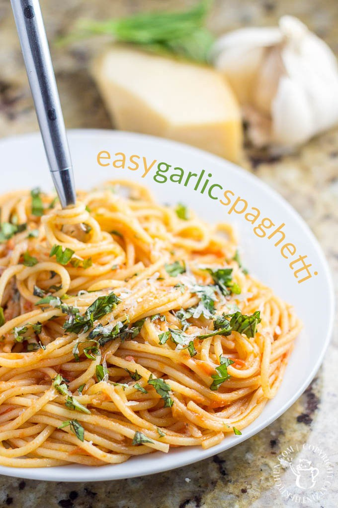 Sometimes life just feels too lazed to make big meals so why not keep it simple? Try this easy spaghetti recipe and enjoy your family! via @Club31Women