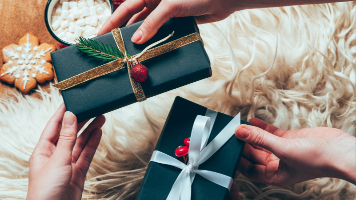 12 Perfect Gift Ideas What To Give All Your Sisters And Friends This Year Club31women